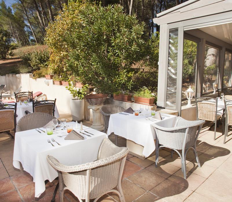 Hotel Aix En Provence Mas Piscine. Terrasse Pinede Nature Hotel Restaurant  ...