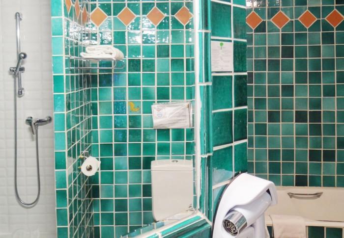 le-mas-des-ecureuils-salle de bain n10
