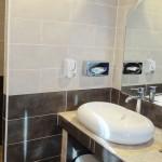 le-mas-des-ecureuils-salle de bain n12