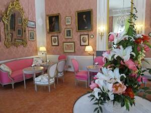 salon the centre art caumont aix en provence