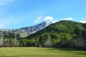 paysage montagne sainte victoire aix en provence