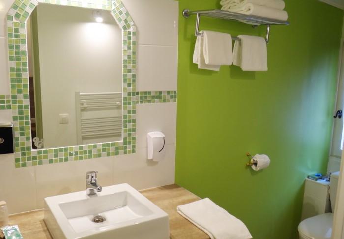 le-mas-des-ecureuils-salle de bain n11